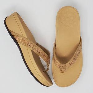Vionic High Tide Sandals Tan Size 9 Wide